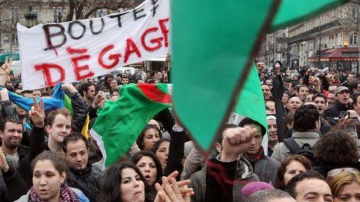 Grogne en Algérie : Entre embarras et maladresse, les autorités se mélangent les pinceaux