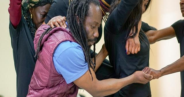 Théâtre: « Yemoleh et Yemoh sous l'arbre à Palabres », une ode à la diversité culturelle
