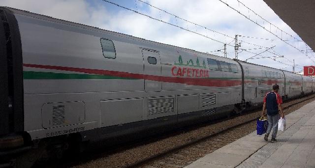 The Daily Maverick, journal sud-africain : « Al-Boraq, le train à grande vitesse marocain, fruit de la vision de SM le Roi Mohammed VI »