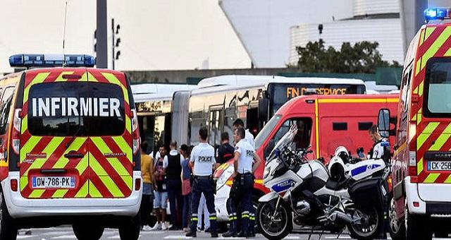Attaque au couteau à Lyon: Au moins un mort et 6 blessés