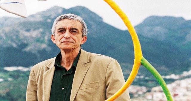 Hommage: Le peintre Abdelkrim Ouazzani reçoit le trophée de reconnaissance à Tétouan