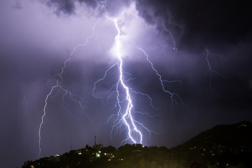 Fortes averses orageuses avec chute de grêle dans plusieurs provinces du Royaume