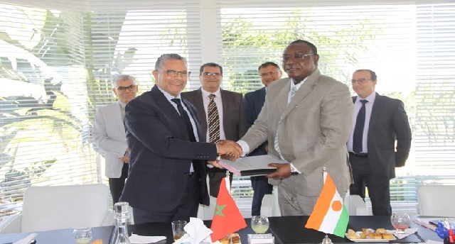 L'Office national de l'Électricité et de l'Eau Potable signe un nouveau contrat au Niger