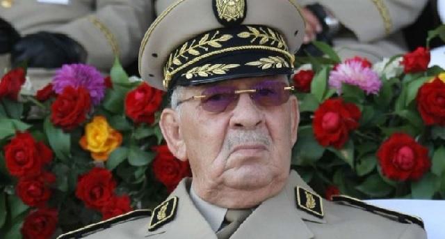 Algérie : Les médias du pouvoir rompent avec « leur » général Gaïd Salah
