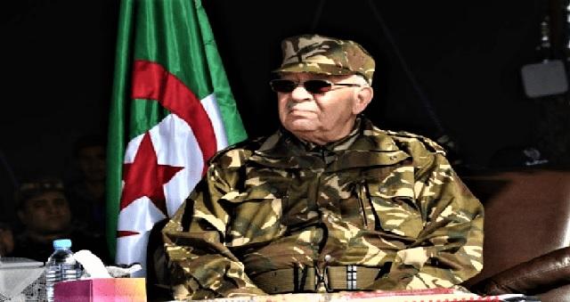 Algérie : L'armée accuse des manifestants d'être payés par de l'argent sale
