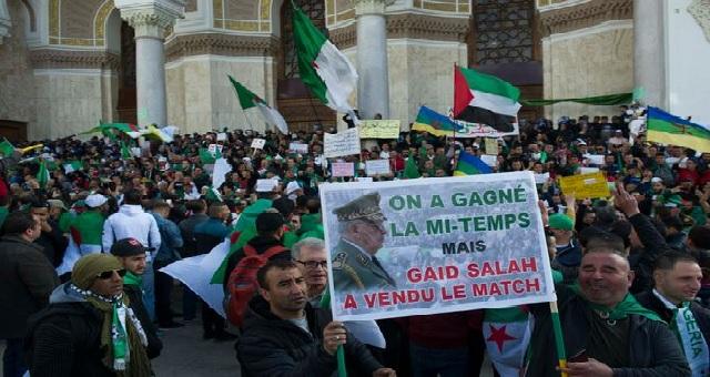 Algérie : Le général Gaïd Salah se réjouit de