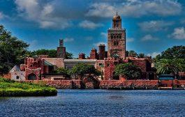 Orlondo: Le pavillon du Maroc à Disney World expose