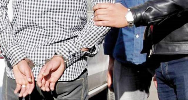 Arrestation de la personne parue dans une vidéo négociant pour intervenir en faveur d'une détenue