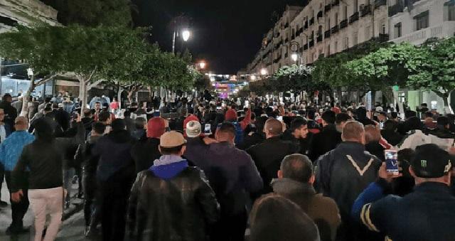 Campagne électorale : Nouvelle manifestation nocturne à Alger malgré les arrestations