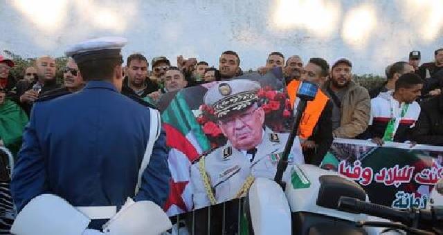 Algérie: Début de la cérémonie des funérailles du général Gaïd Salah