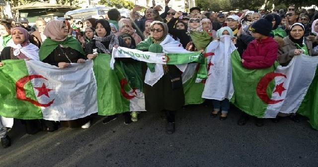 Algérie : 48ème marche hebdomadaire d'un mouvement de contestation en quête d'un nouveau souffle