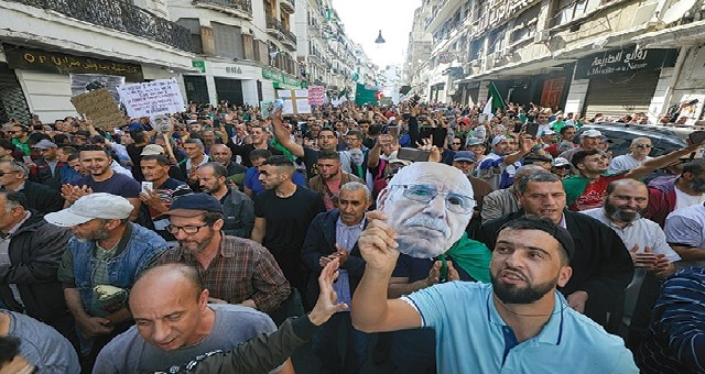Algérie : Les manifestants promettent de