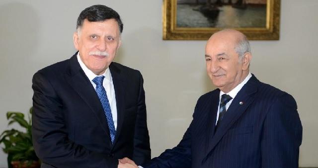 Crise en Libye: le président algérien reçoit le chef de la diplomatie turque