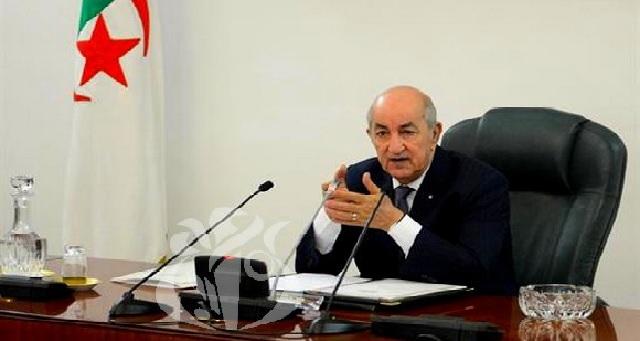 Médias : Le président algérien veut une loi criminalisant les