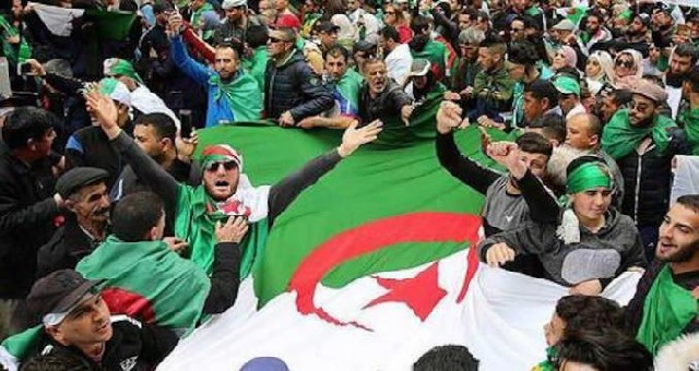 Des militants du Hirak vont marcher vers l'ONU contre les arrestations arbitraires en Algérie