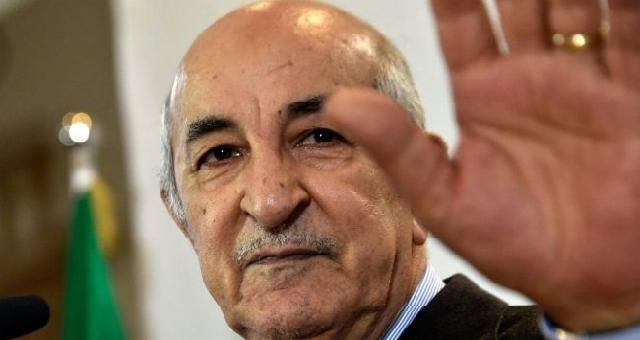 Algérie: Un référendum pour enterrer le Hirak, et un président malade sous surveillance médicale en Allemagne