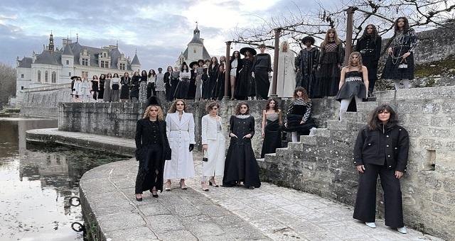 Chanel présente un défilé en ligne depuis le château de Chenonceau, un lieu chargé d'histoire