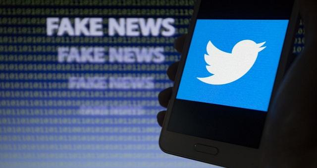Covid-19: Twitter déclare la guerre aux fake news sur les vaccins