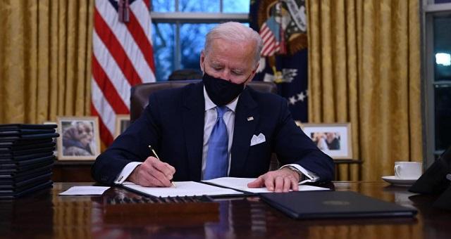 Le Mexique salue la suspension par Biden de la construction du mur à sa frontière