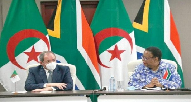 Afrique Intelligence: «Affaibli à l'Union Africaine, Alger tente de mobiliser ses derniers amis, sa déception est grande»