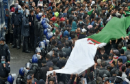 Algérie : La marche des étudiants à nouveau empêchée, nombreuses interpellations