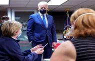 Etats-Unis: Biden annonce que son objectif de 100 millions d'injections sera atteint vendredi