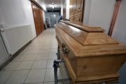 Covid: Surmortalité deux fois plus élevée chez les étrangers en France durant la première vague