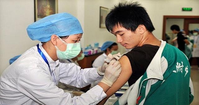 Covid-19: Sinopharm lance des essais cliniques pour un nouveau vaccin recombinant