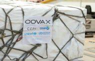 COVAX: Le Maroc réceptionne les premières doses de vaccins anti-Covid
