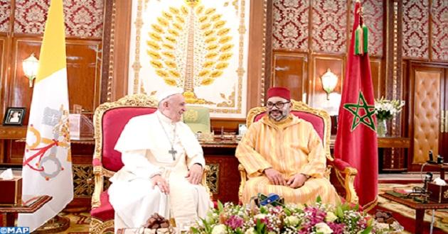 SM le Roi félicite le Pape François suite au succès de son intervention chirurgicale