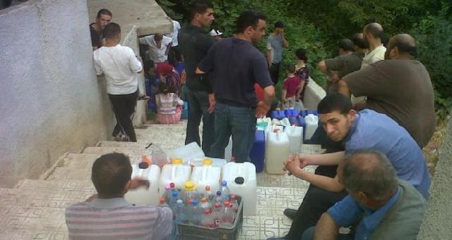 Bâtie sur la répression, l'«Algérie nouvelle» de Tebboune manque de tout, même d'eau potable