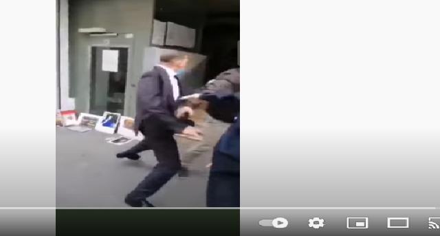 Scandale au Consulat d'Algérie à Lyon: Un fonctionnaire du Consulat vole un téléphone portable à un manifestant venu dénoncer les aberrations du régime de son pays (Vidéo)