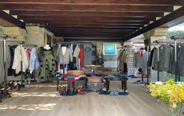 Mise en ventede la garde-robe du célèbre écrivaincolombienGabriel Garcia Marquez